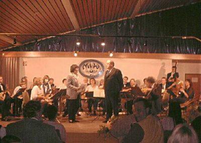 2000 Konzertin der Mehrzweckhalle