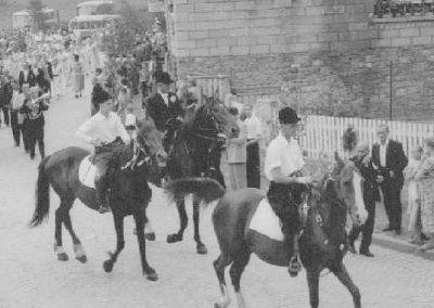 Festzug anlässlich des 30jährigen Jubiläums des MCW am 05.07.1953 - Reiter am Zuganfang