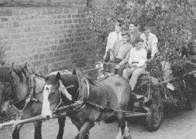Festzug anlässlich des 30jährigen Jubiläums des MCW am 05.07.1953 - der Wagen des MCW