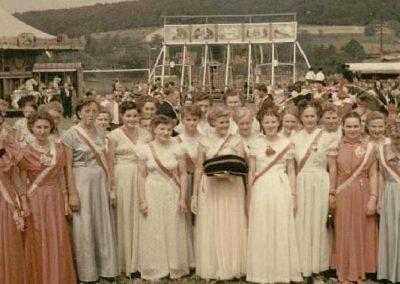 Die Festdamen beim 30jährigen Jubiläum des CW 1953