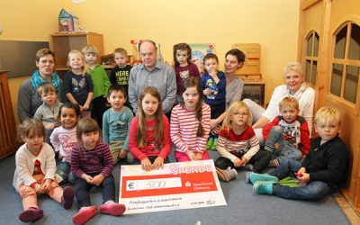 Spenden aus Abendkonzert an Kindergarten Wiebelsbach übergeben